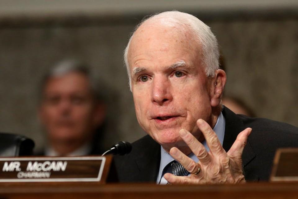 Американский сенатор Джон Маккейн понимает причину волнений президента США, но считает их «неуместными»