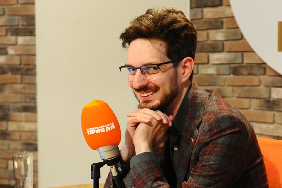 Максим Кац хитро улыбается у нас в студии. Наверное, что-то знает о выборах такое, что не рассказал в эфире!