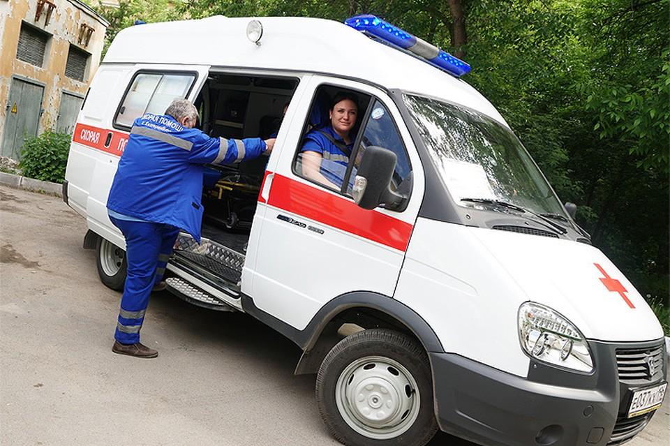 Пьяный пациент набросился на врача скорой в Москве.