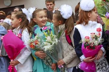 В Краснодаре уволили учительницу, отказавшуюся принимать слишком скромный подарок от родителей