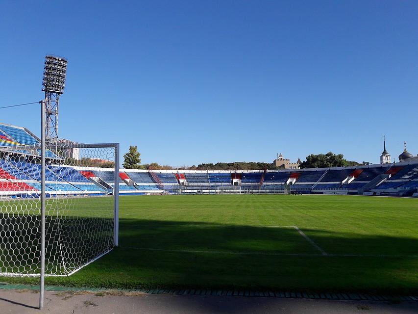 Стадион на котором нарисован член
