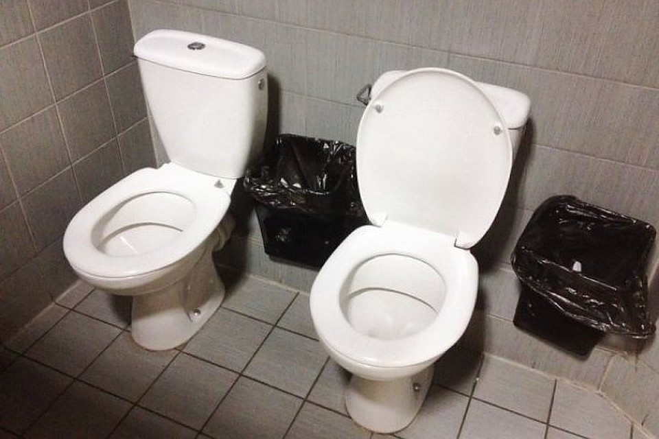 Скрытая камера в уличных туалетах москвы