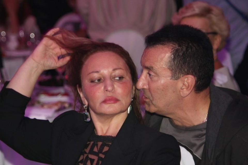 Певец Александр Буйнов с супругой