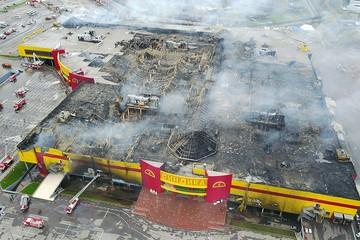 Торговый центр «Синдика» спасли бы от пожара 100 рублей