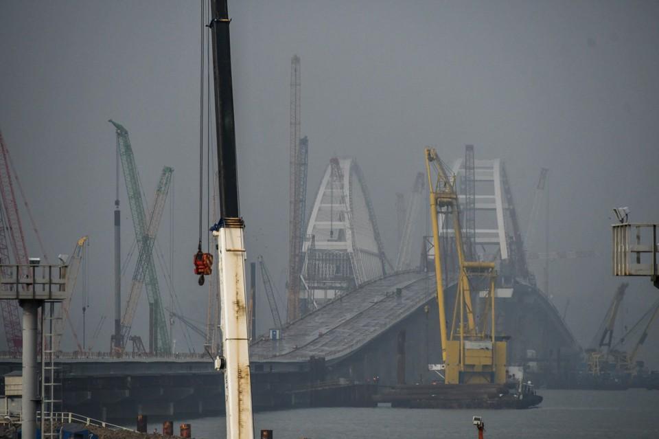 До нового года пролеты автодорожного моста сомкнутся с аркой