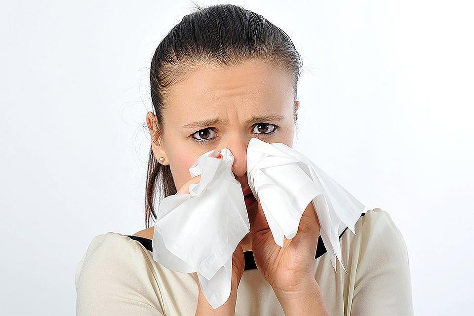 С приходом зимы россияне обычно куда чаще обращаются к врачам с вирусными инфекциями.