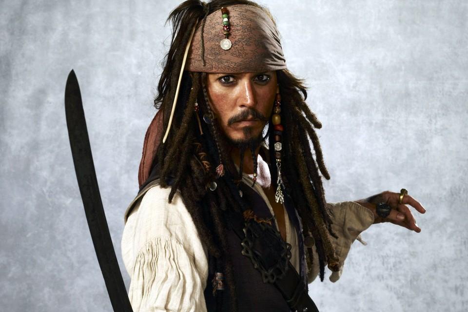 Самый известный пират всех времен и народов - Джонни Дэпп.