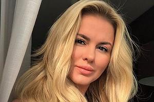Транс красотка порно онлайн фото