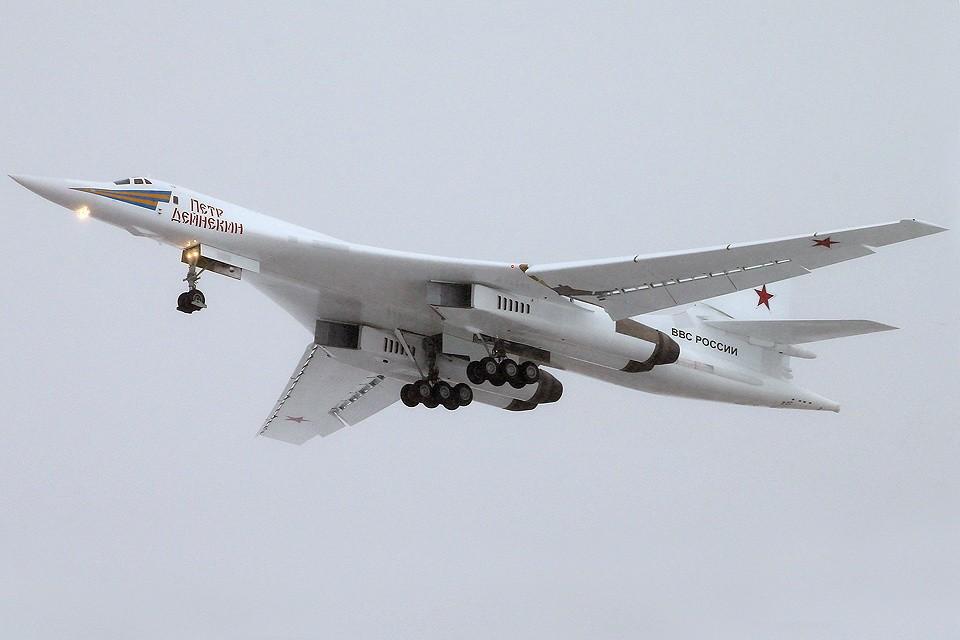 Чтобы военный Ту-160 превратить в гражданский самолет, нужно делать его широкофюзеляжным. ФОТО Марина Лысцева/ТАСС
