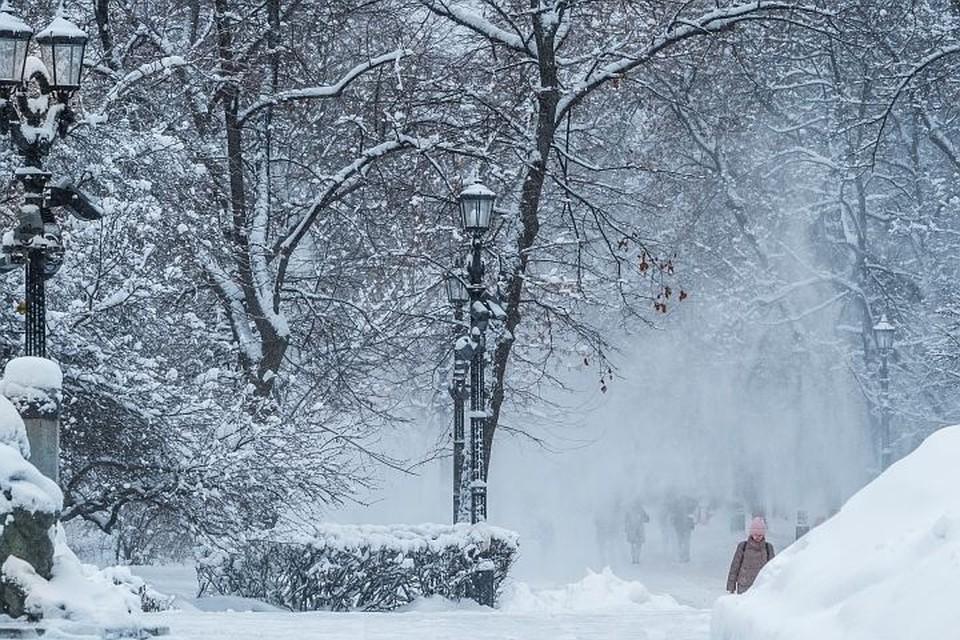 В субботу на Москву и Подмосковье обрушился рекордный снегопад