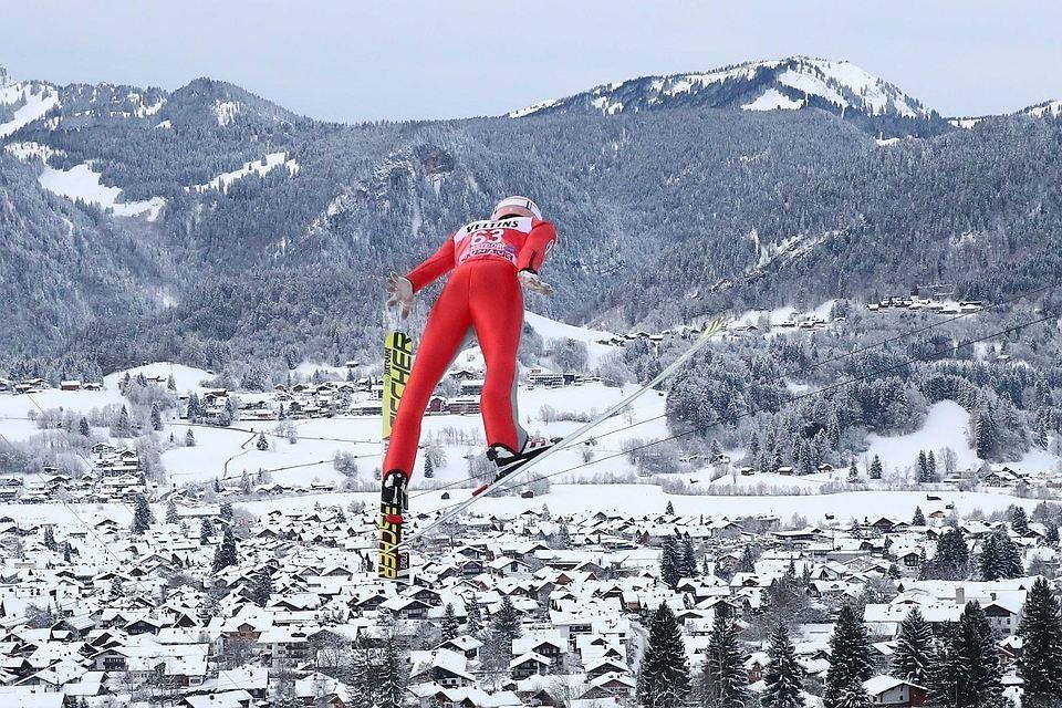В 2016 году лыжника из Норвегии Мартина Сундбю отстранили от соревнований за употребление чрезмерной дозы препарата от астмы.