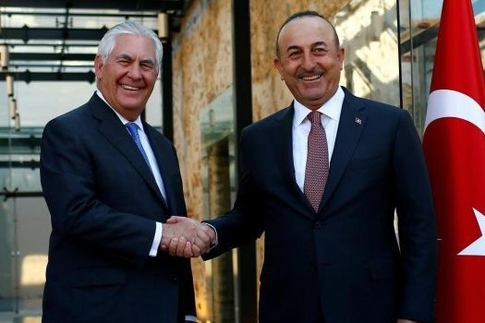 Госсекретарь США Рекс Тиллерсон и глава МИД Турции Мевлют Чавушоглу