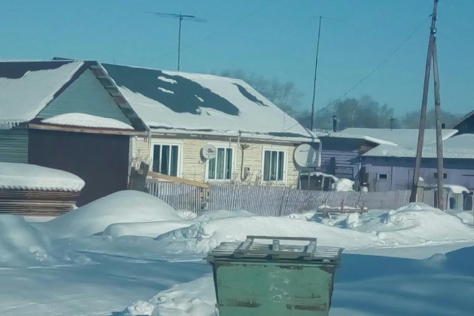В этом доме в маленьком селе Маракса стали происходить странные вещи. Фото: Антон Синенко
