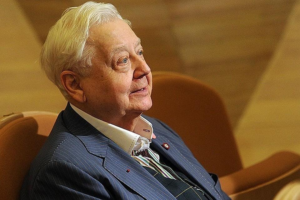 Олег Табаков всегда вел себя с окружающими очень просто, причем в этом не было ни малейшей показухи