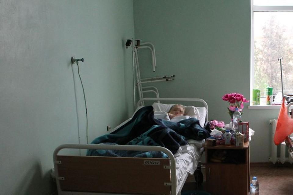 Врач из Севастополя после нападения попала на больничную койку.