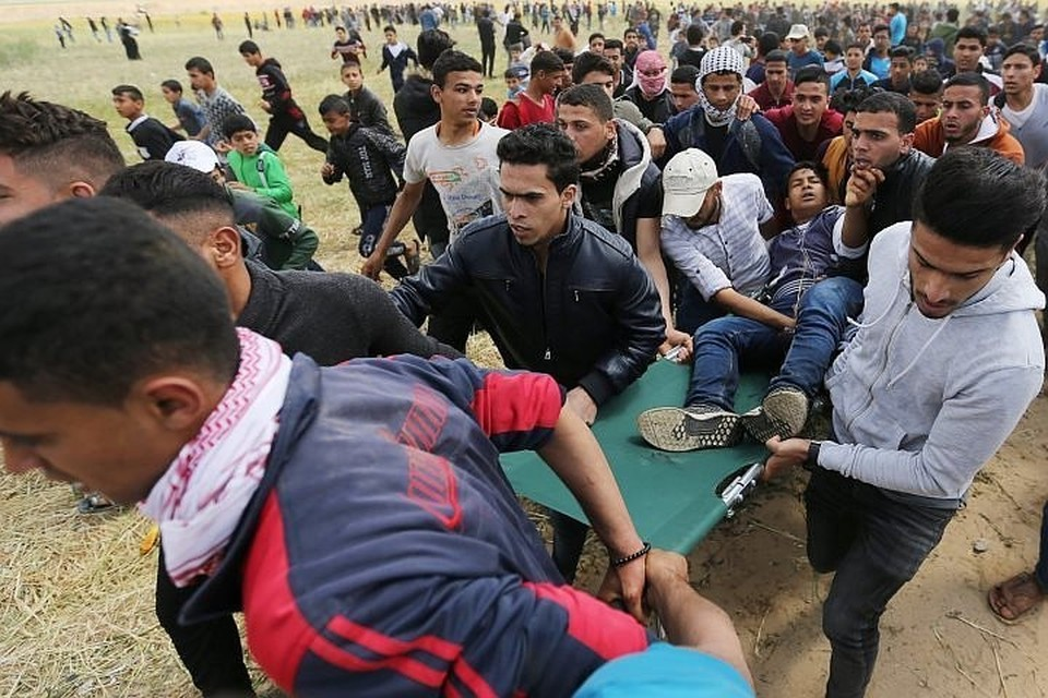 В столкновениях на границе сектора Газа погибли 15 палестинцев