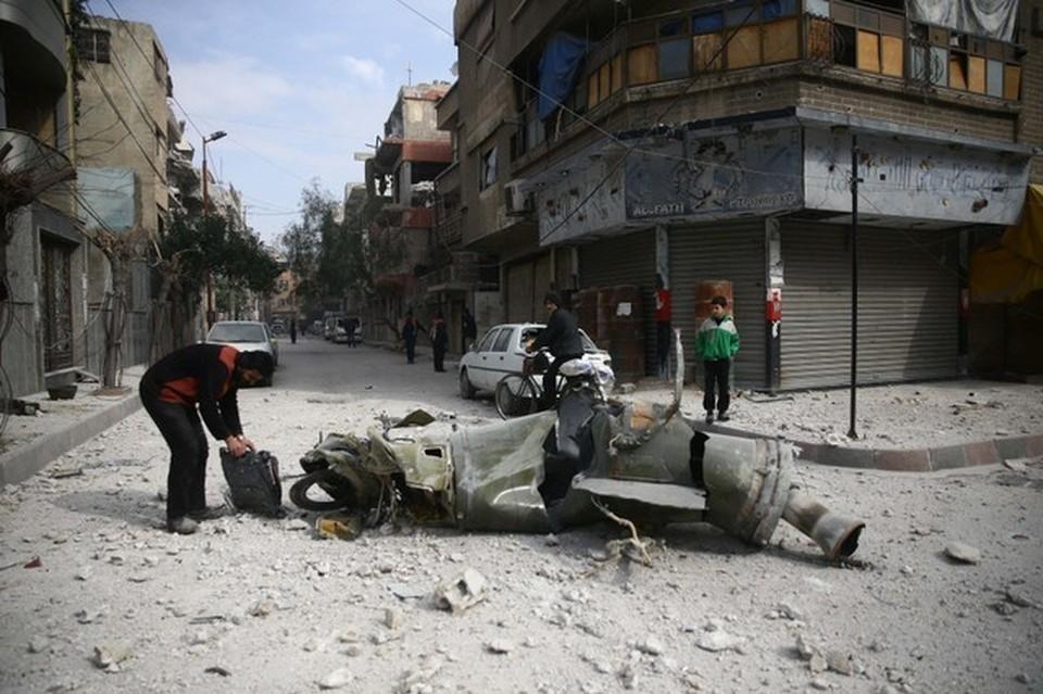 Боевики в Восточной Гуте готовятся устроить провокацию с применением отравляющих веществ в городе Дума