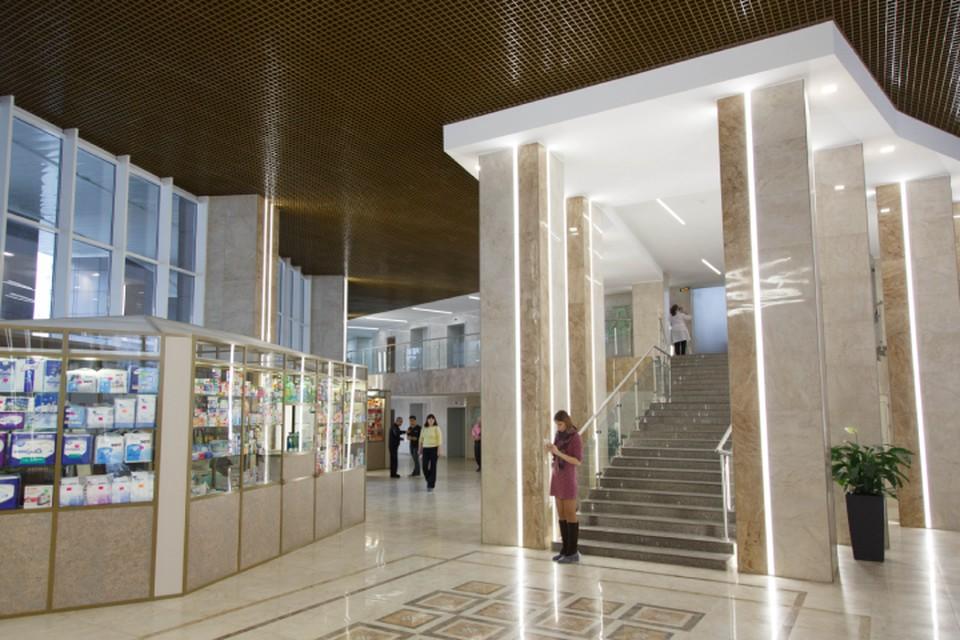 После капитального ремонта больница сияет новизной и работает на высоком современном уровне.