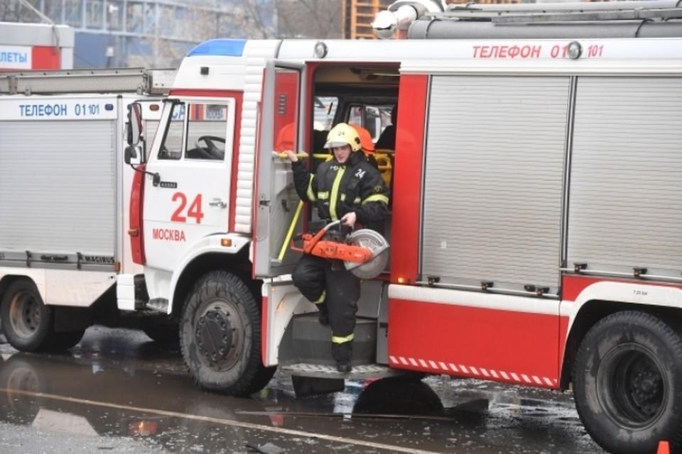 Пожар произошел в ТЦ «Измайловский» на востоке Москвы