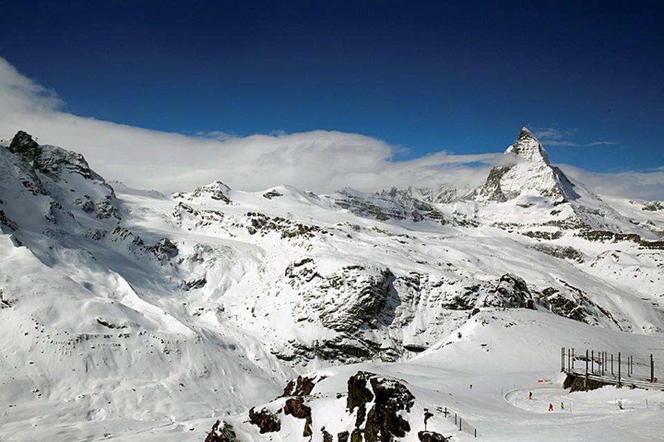 Российская туристка отправилась 28 апреля на снегоступах в горы и пропала
