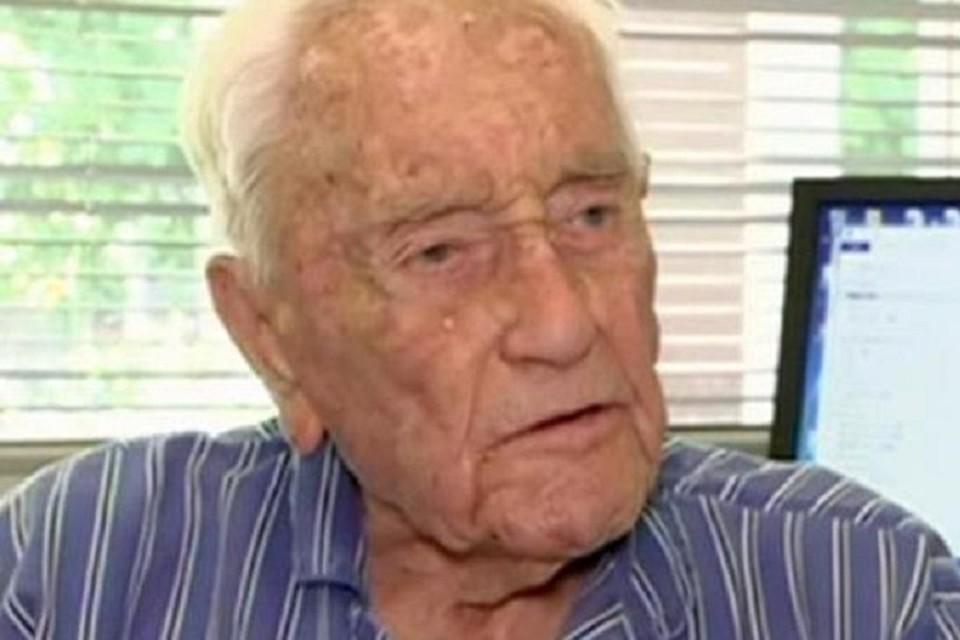 Старейший ученый Австралии Дэвид Гудолл