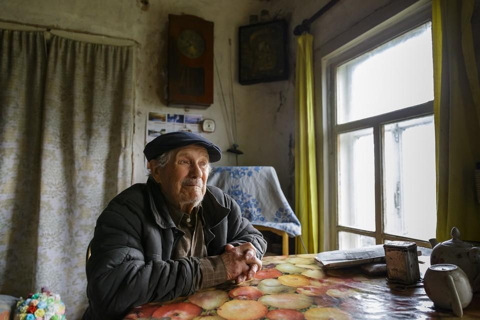 Свой первый и единственный миллион рублей Евгений Попов копил аж с 1954 года