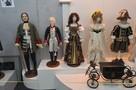 И в гости к фарфоровым куклам, и к Александру Сергеевичу на праздник