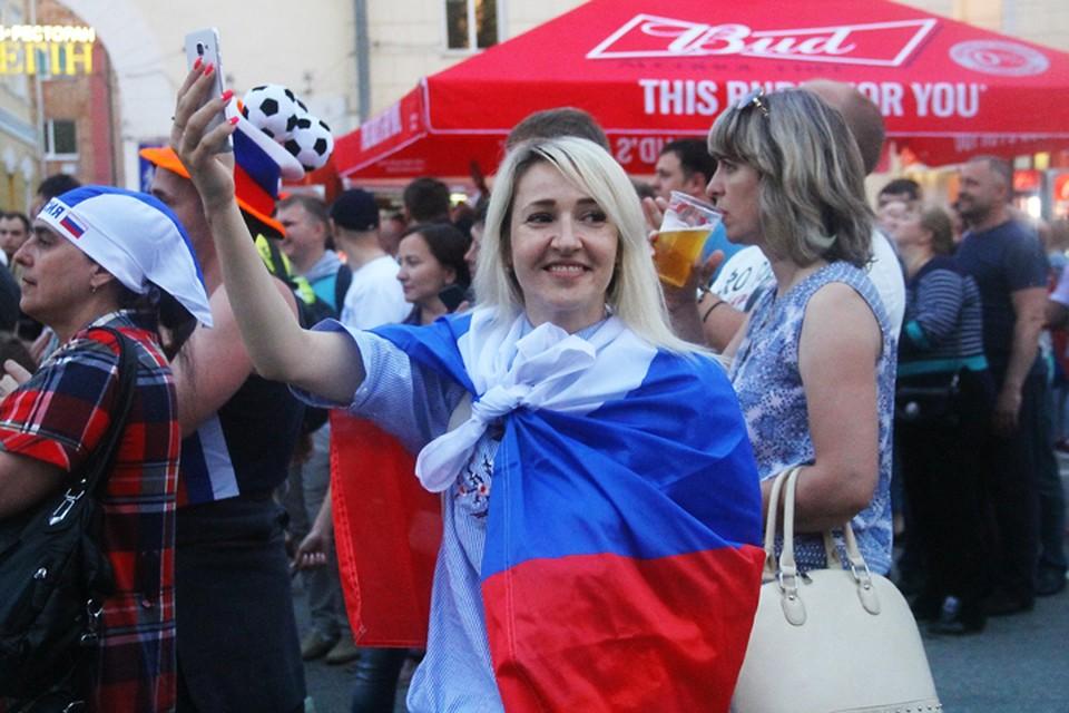 Нижегородцы болеют за российскую сборную в матче Россия – Уругвай: онлайн-трансляция