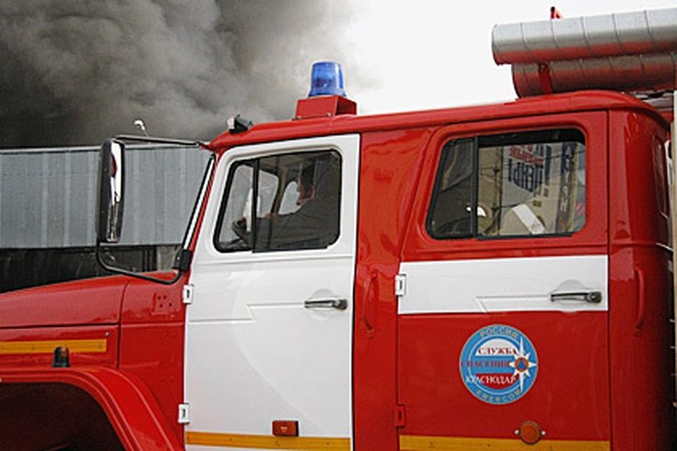 Жильцов дома эвакуировали.