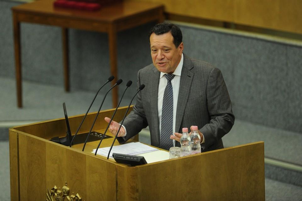 Глава комитета по бюджету и налогам Андрей Макаров.