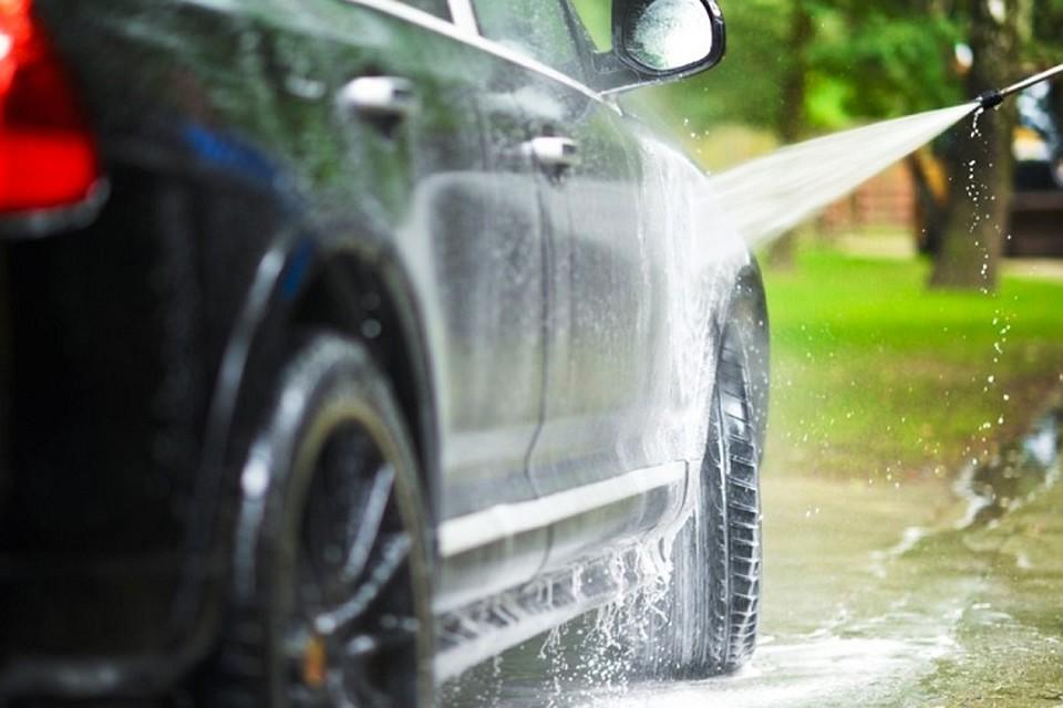 Видео сексуальное мытьё машины
