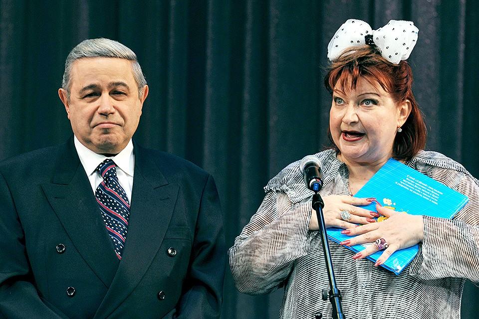 Евгений Петросян и Елена Степаненко в 2009 году. Фото ИТАР-ТАСС/Интерпресс/Владимир Бертов
