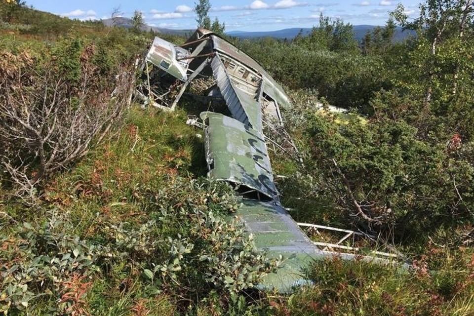 По одной из версий, обломки самолета успели растащить местные жители народа манси. Фото: Владимир Рыкшин