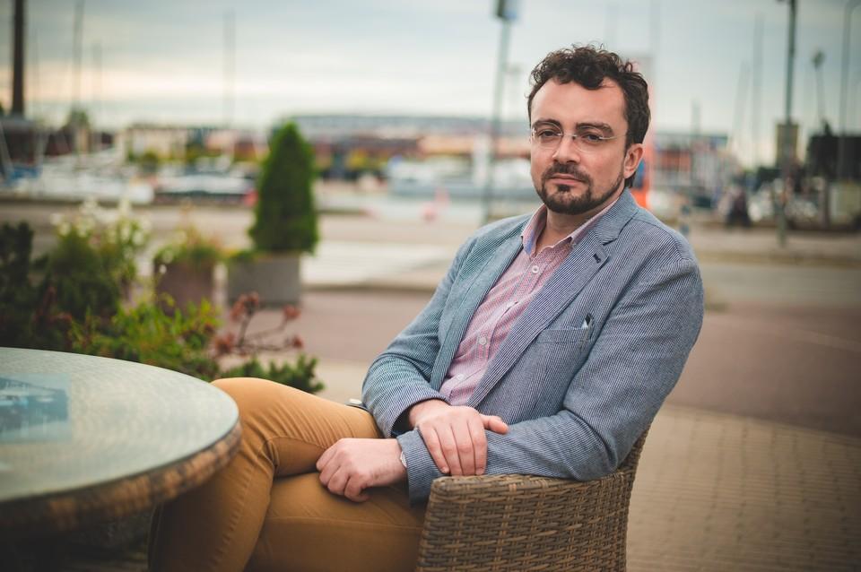 Гость августовской встречи в клубе «Импрессум» - молодой и талантливый писатель из Санкт-Петербурга Вадим Левенталь.