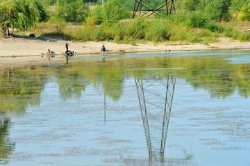 Тимирязевцы сохраняют экологию рек и озер