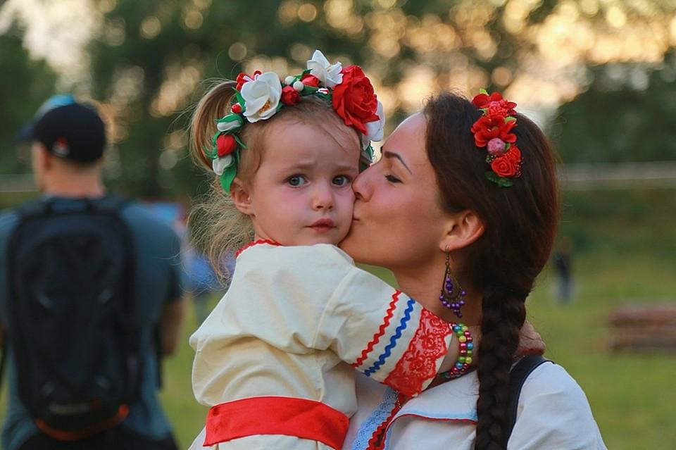 Почему в России растет популярность старинных русских обрядов