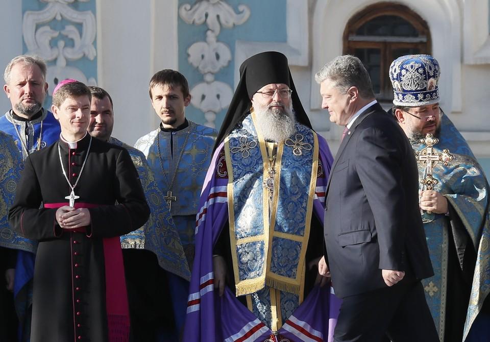 Президент Украины подчеркнул, что государство не планирует вмешиваться в дела веры