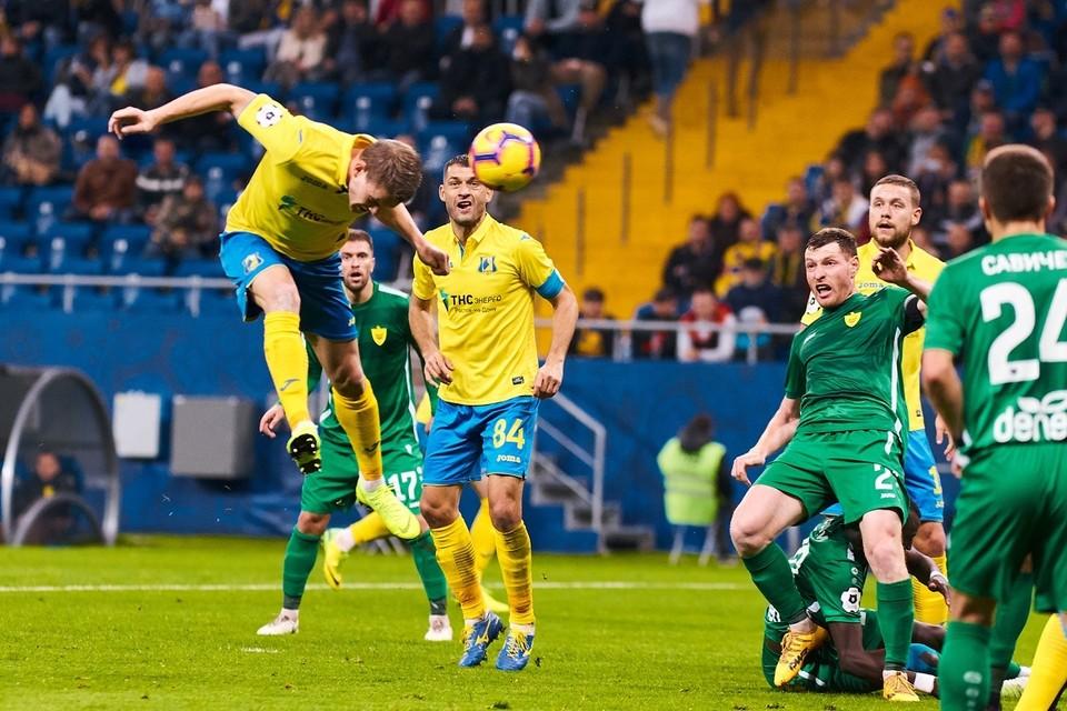 38-я минута: Бьорн Сигурдарсон открывает счет в матче