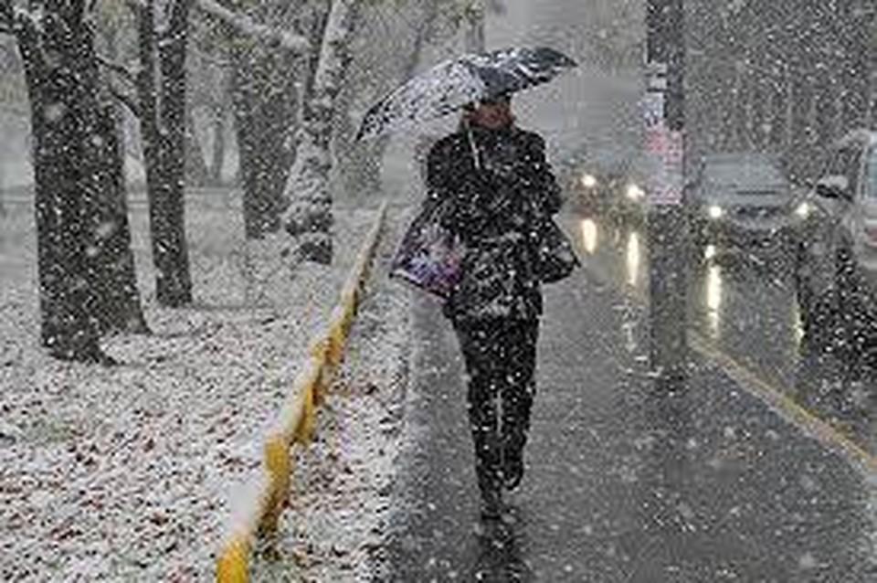 В понедельник вечером в Москве и области прошла первая этой осенью метель