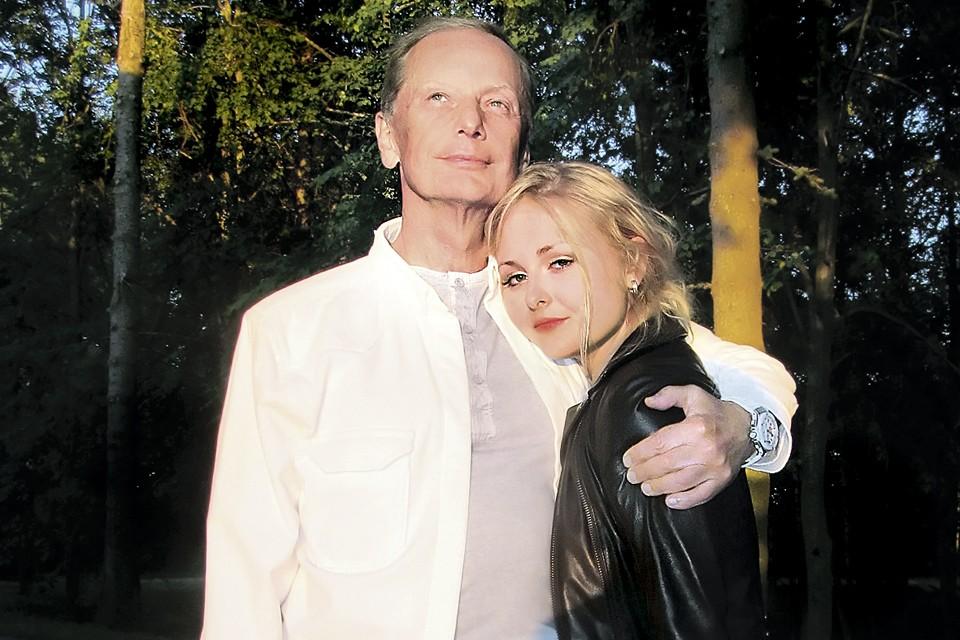 Михаил Задорнов с дочерью Еленой. Фото: www.zadornov.net