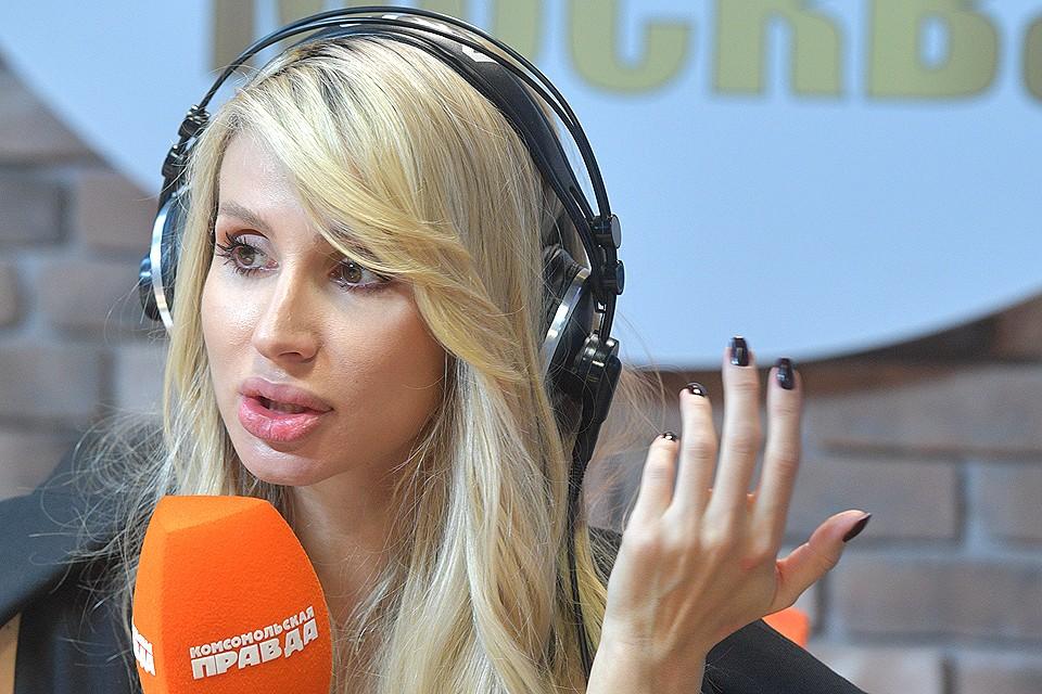 Певица Светлана Лобода на радиостанции `Комсомольская правда`.