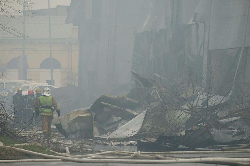 В сети появилось видео пожара в гипермаркете «Лента» в Петербурге