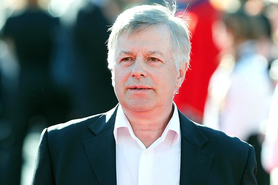 Как в театре, так и в кино Игорь Ливанов в основном выступает в амплуа «положительный герой».