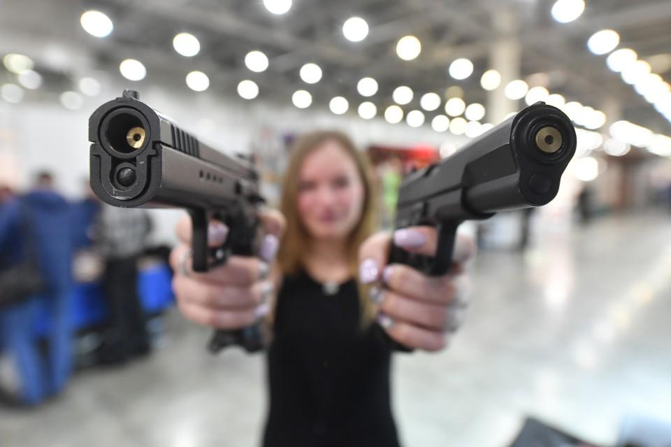Росгвардия предлагает поднять возраст продажи оружия
