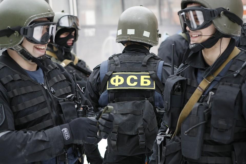ФСБ провела в крымском городе Джанкой крупную операцию против членов секты «Свидетели Иеговы»*