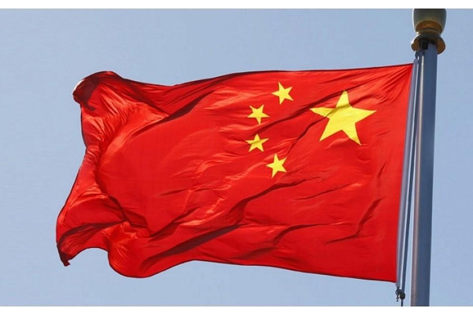 В Китае живет самая высокая девочка в мире