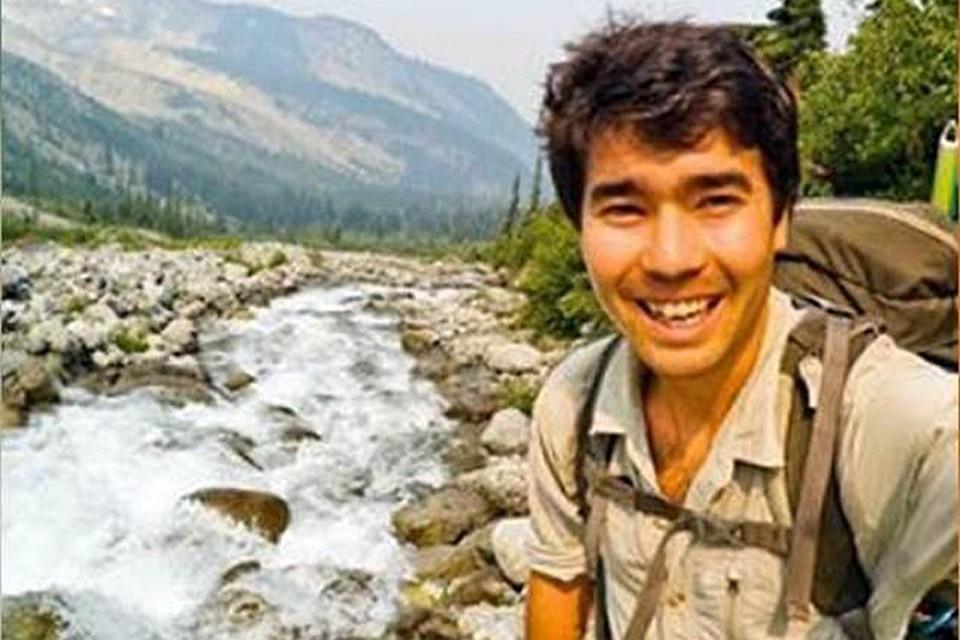 Джон Аллен Чо заплатил местным рыбакам, чтобы те помогли ему добраться до острова