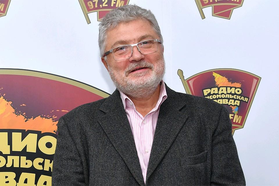 Писатель Юрий Поляков на радиостанции `Комсомольская правда`.