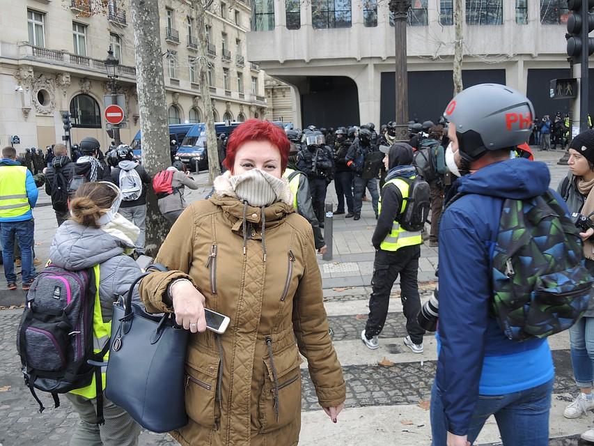 Спецкор «КП» Дарья Асламова в эпицентре парижских протестов
