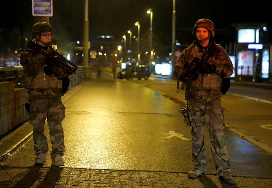 Стрельбу в Страсбурге власти Франции рассматривают как теракт